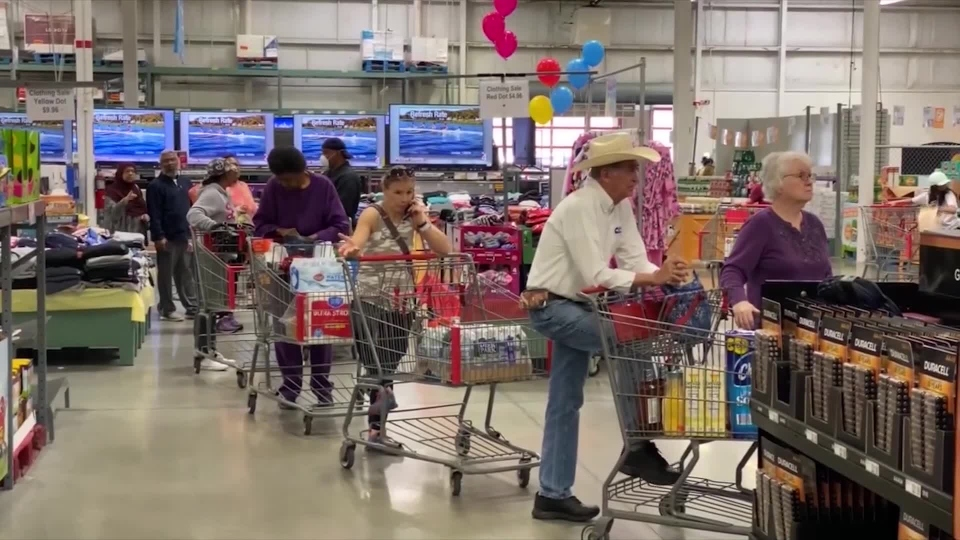 There's A HUGE Danger Coming To Retail Stores All Over America!